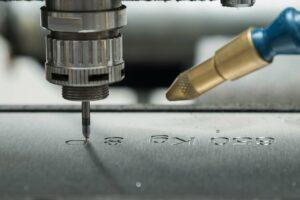 CNC-Teile beschriften